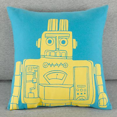114530_RobotPillow_Blue_LL_0111