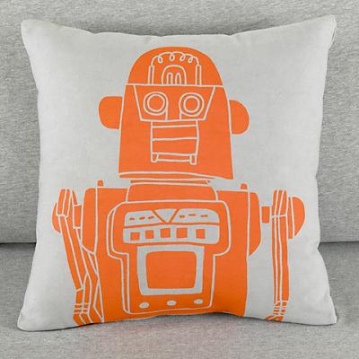 114548_RobotPillow_Grey_LL_0111