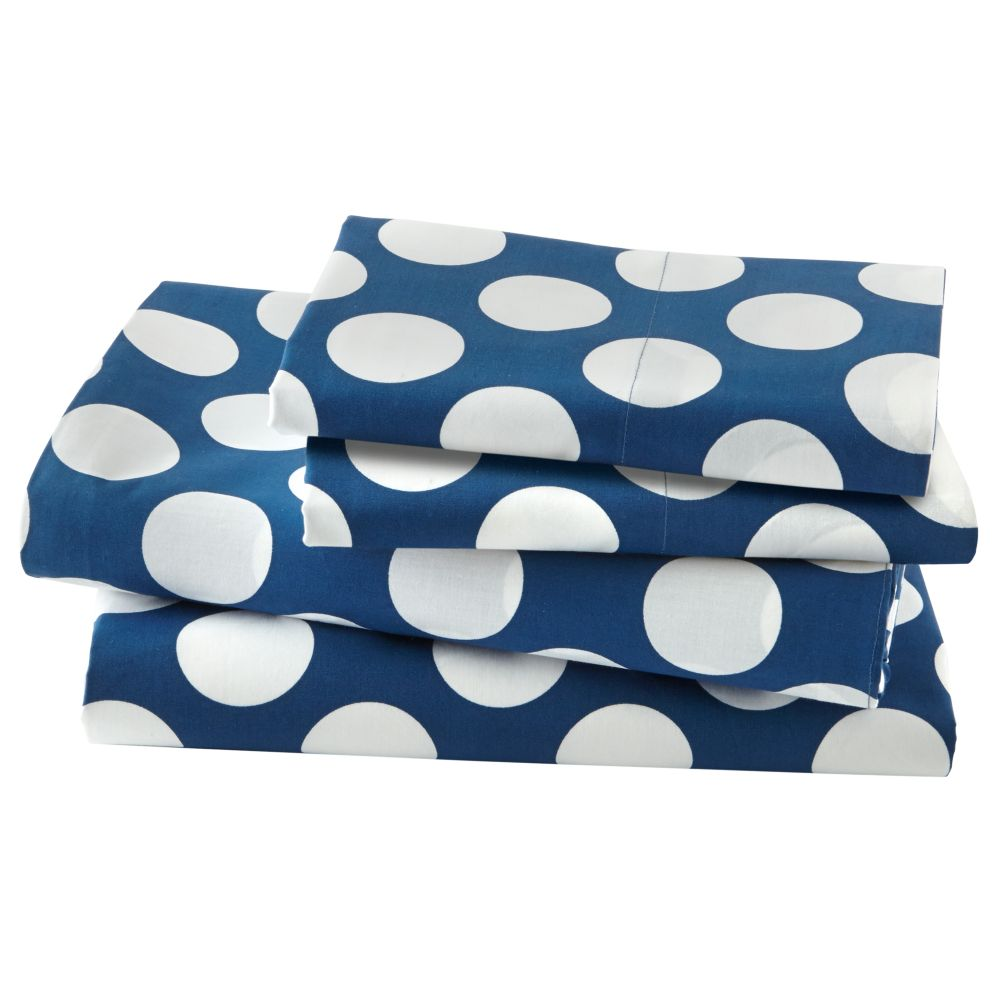 Full Blue w/White Dot Sheet Set<br /><br />Includes fitted sheet, flat sheet and two pillowcases