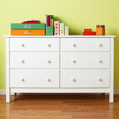 2009-04Simple6Dresser