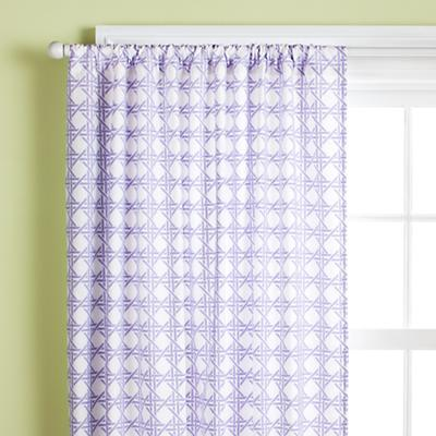 2009_04_Curtain_Lattice_Lav