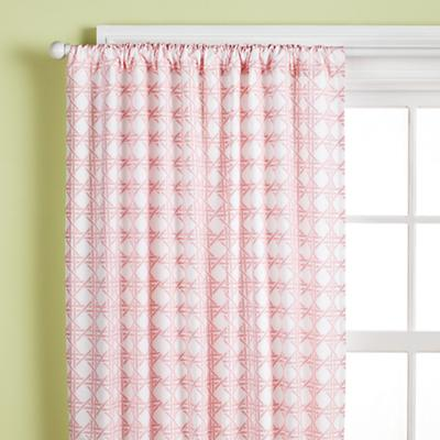 2009_04_Curtain_Lattice_Pink