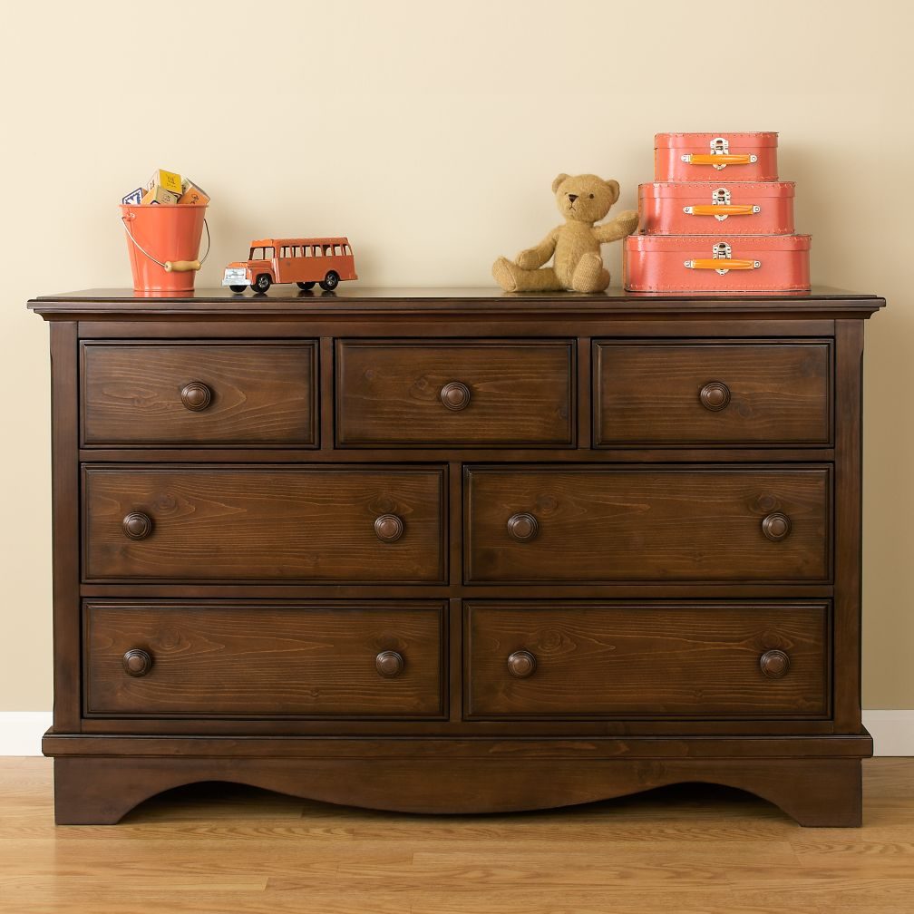 Walden 7-Drawer Dresser (Chocolate)