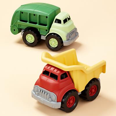 2009_09_GreenToys_Trucks