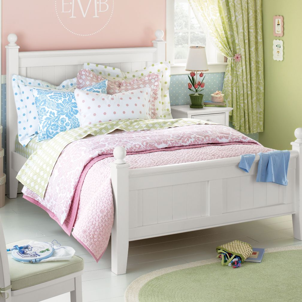 Walden Bed (White)