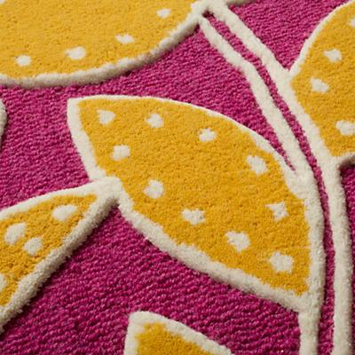 517542_Rug_Padded_Lily_PI_Detail_03
