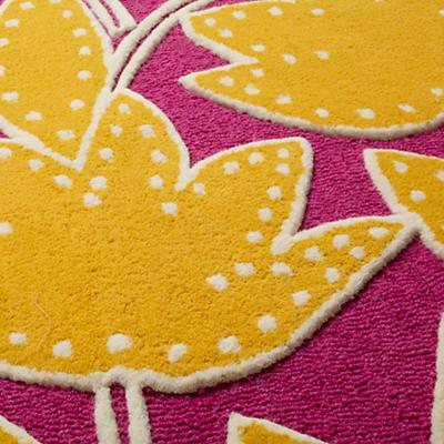 517542_Rug_Padded_Lily_PI_Detail_04