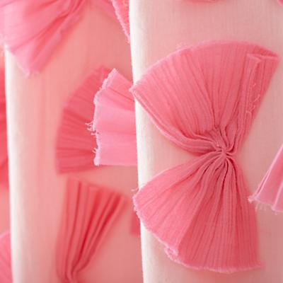 521787_Curtain_Bow_Tied_PI_Detail_02