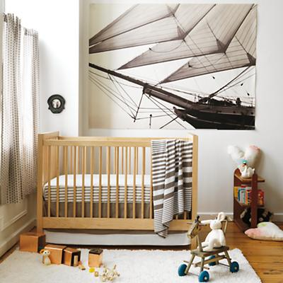 Andersen_MA_ShipNursery_InMixCrib