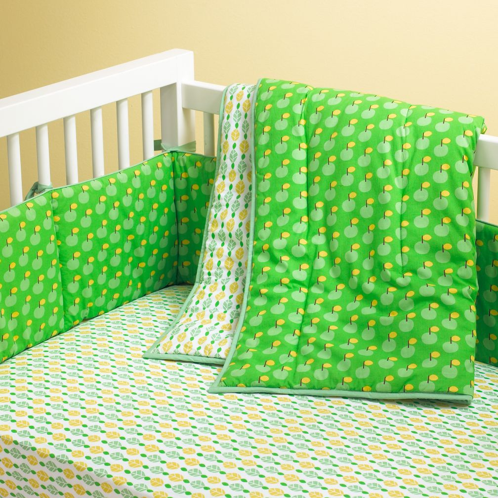 How About Them Apples Crib Bedding