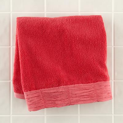 Bath_RaisedFloral_Hand_Towel