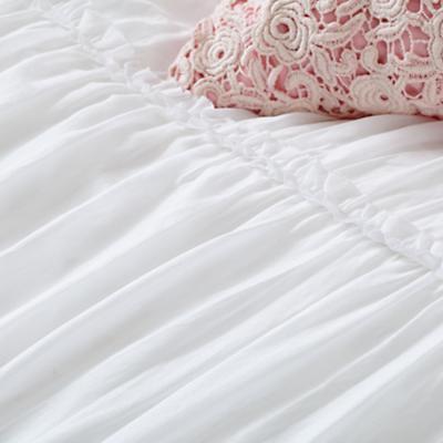 Bedding_Antique_Chic-WH_Group_Details_V1