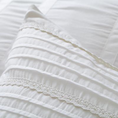 Bedding_Antique_Chic-WH_Group_Details_V10