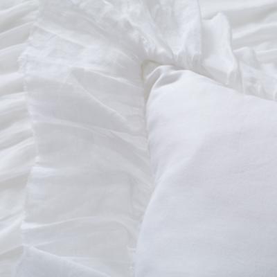 Bedding_Antique_Chic-WH_Group_Details_V15