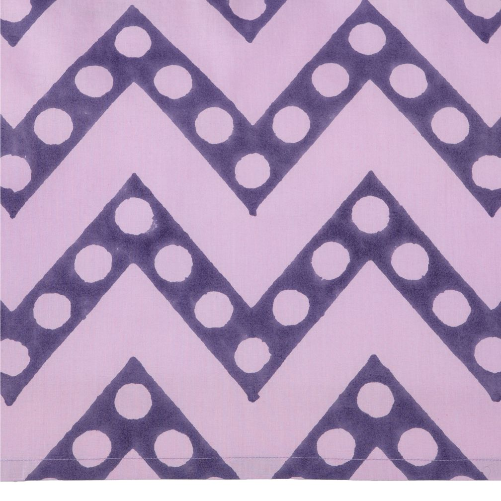 Bazaar Crib Skirt (Zig Zag Print)