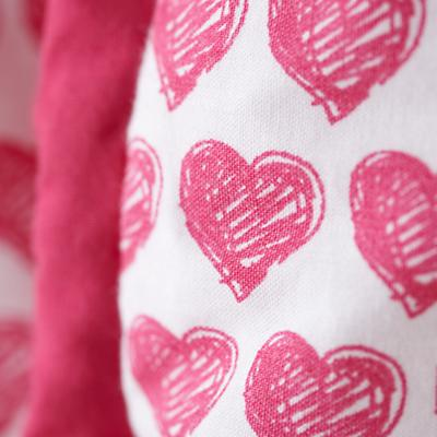 Bedding_CR_FinePrint_Hearts_Details_06