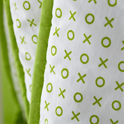 Bedding_CR_FinePrint_XO_Detail_04