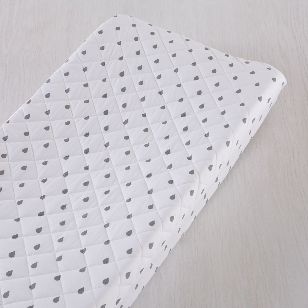 Iconic Changing Pad Cover (Drops)