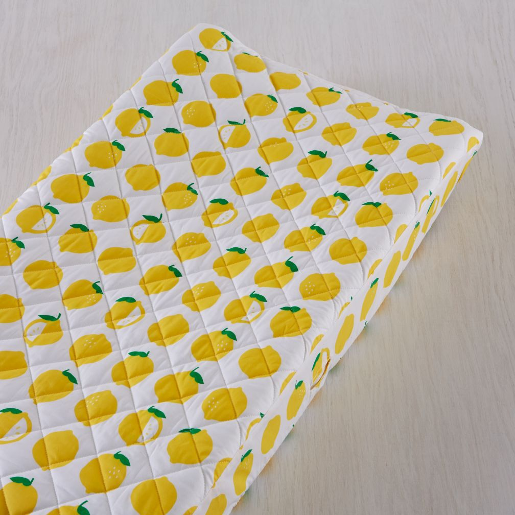 Farmers Market Changing Pad Cover (Lemon)