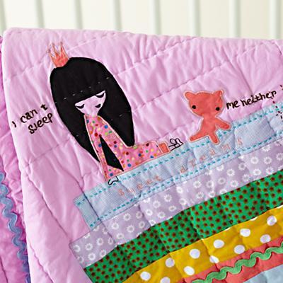 Bedding_CR_PrincessPea_Detail02