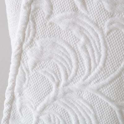 Bedding_CR_White_Detail_02