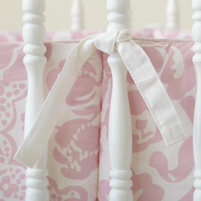 Bedding_Crib_Flourish_PI_Detail_01_1111