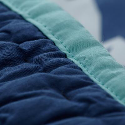 Bedding_Deep_Blue_Detail_v6