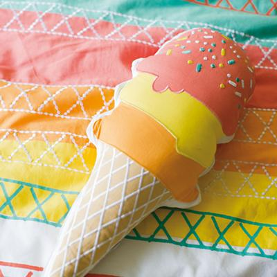 Bedding_IceCreamPillow_ALT_0414