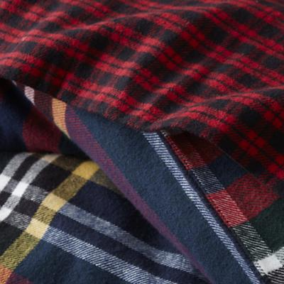 Bedding_Northwoods_Plaid_Detail_01