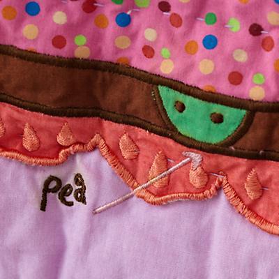 Bedding_PrincessPea_Detail02