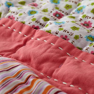 Bedding_PrincessPea_Detail05