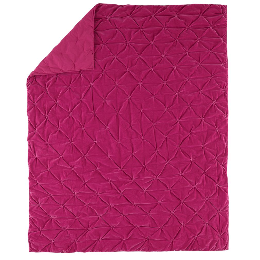 Full-Queen Snug as a Bug Quilt (Pink)