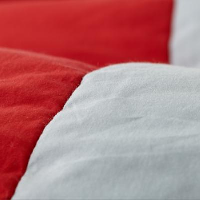 Bedding_SolidStripes_Dertails_01