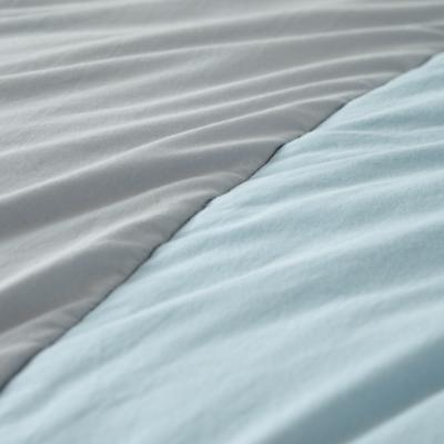 Bedding_SolidStripes_Dertails_11