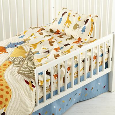 Bright Eyed, Bushy Tailed Toddler Bedding
