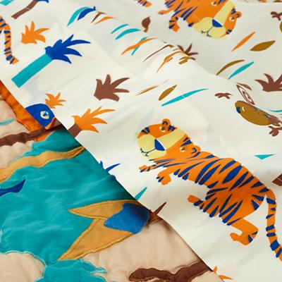 Bedding_TDLR_Lions_Tigers_Detail_v1