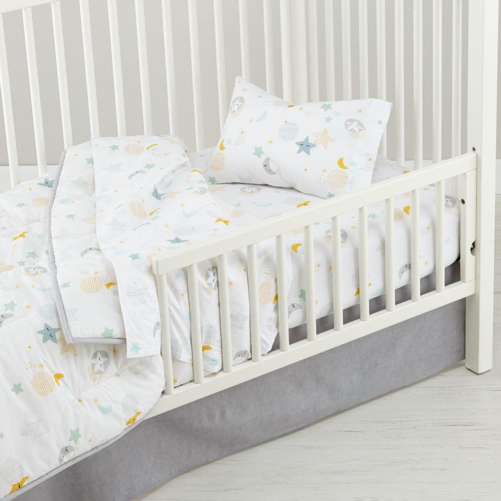 toddler bedding kids bedding sheets duvets pillows the land of nod. Black Bedroom Furniture Sets. Home Design Ideas