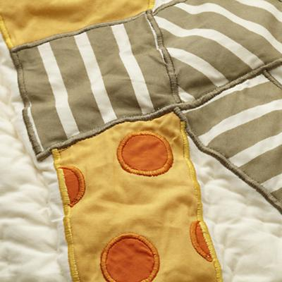 Bedding_Toddler_BrightEyedBushyTailed_Detail_05