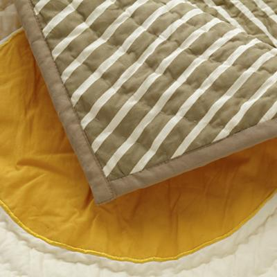Bedding_Toddler_BrightEyedBushyTailed_Detail_06