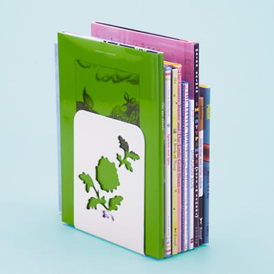 Bookend_Leafing_WH_0611