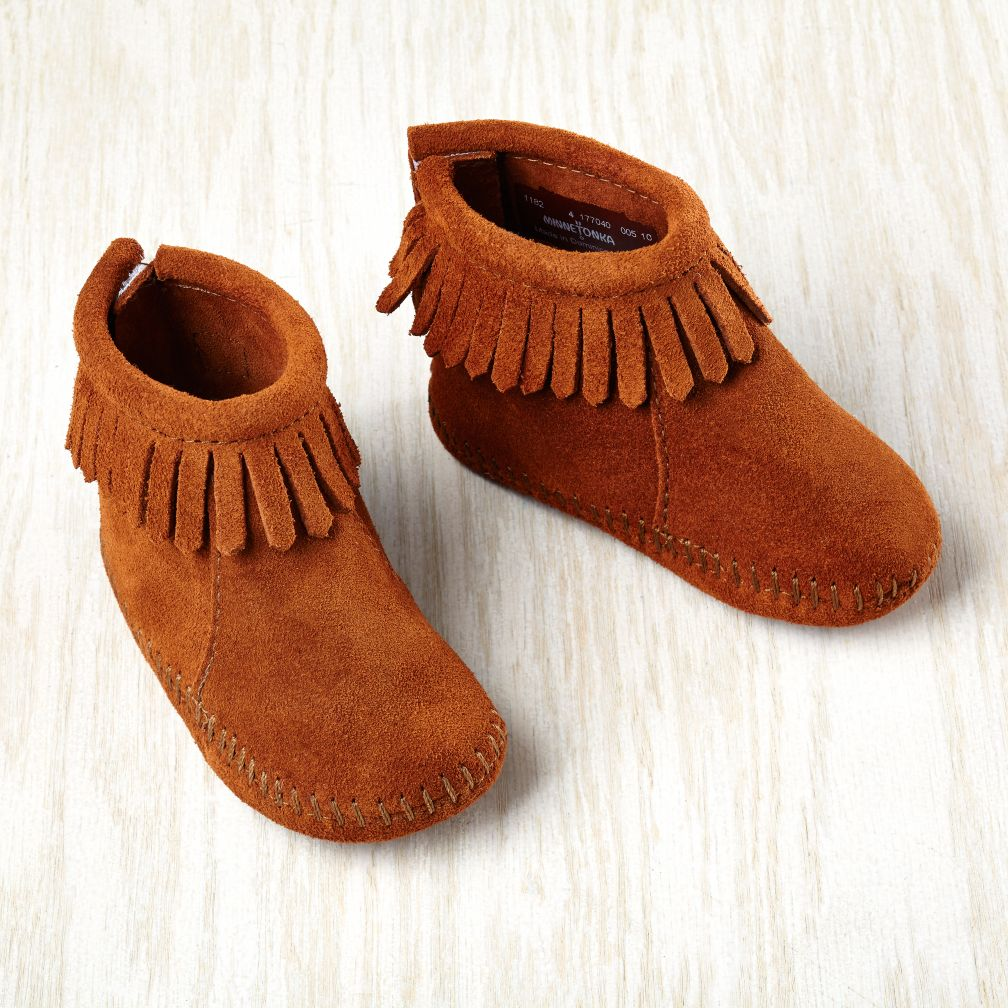 0-3 mos. Minnetonka® Velcro® Back Fringe Boot (Brown)