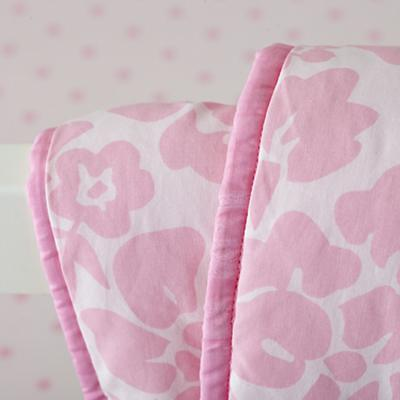 CR_Dream_Girl_PI_Bedding_Detail_01