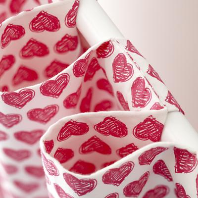 Curtains_FinePrints_Hearts_PI_Detail_04