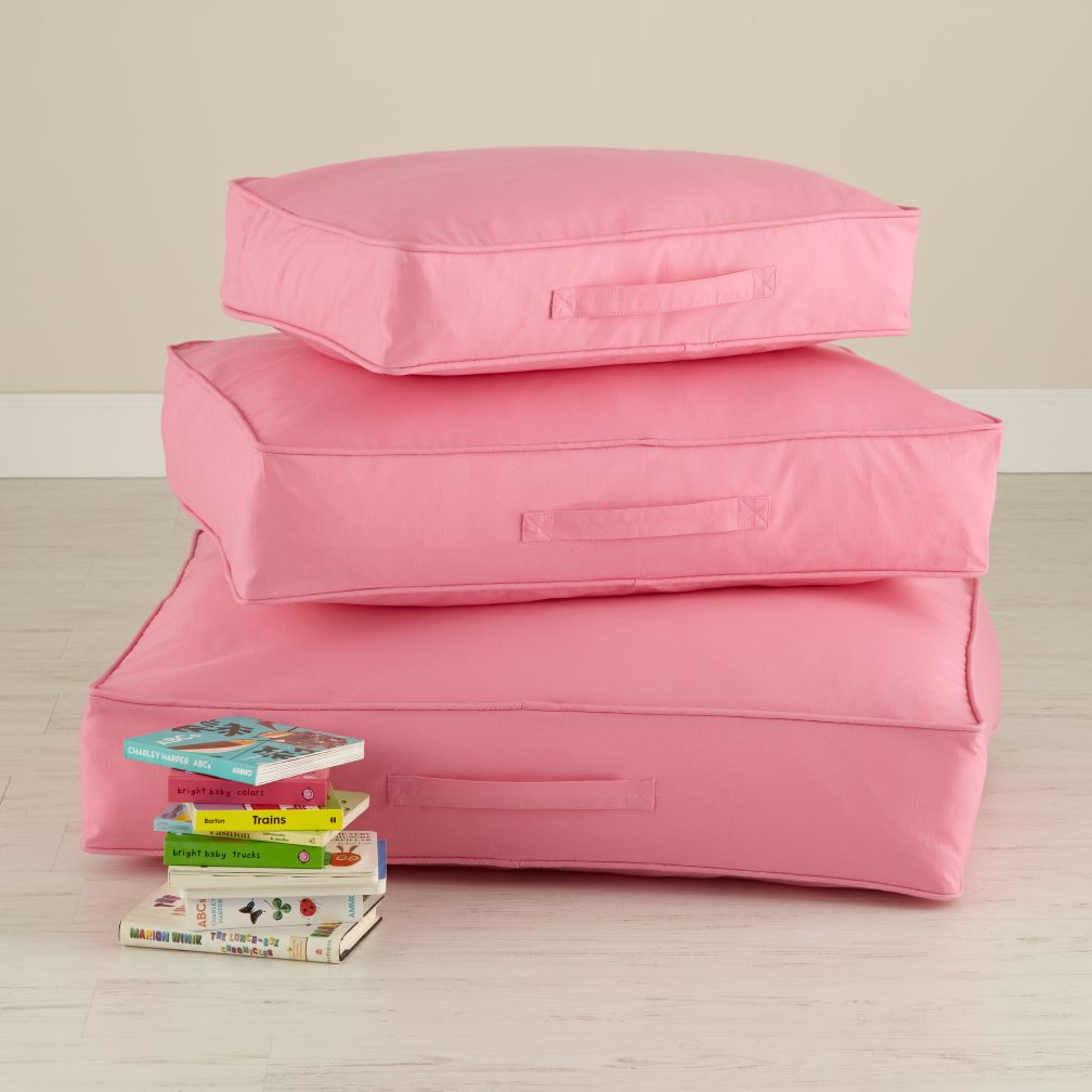 Laying Low Cushion (pink)