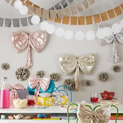 Decor_Sequins_Garland_Group