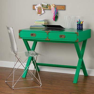 Desk_Campaign_GR_201398