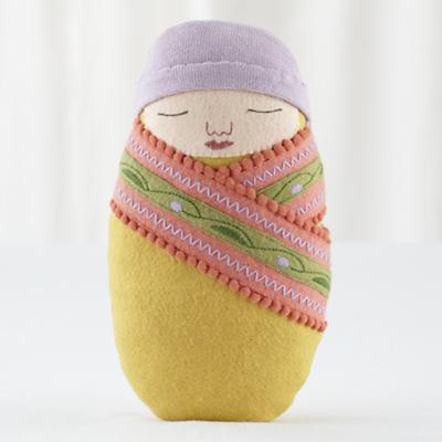 Doll_Kirchner_Swaddle_Baby_YE_V2