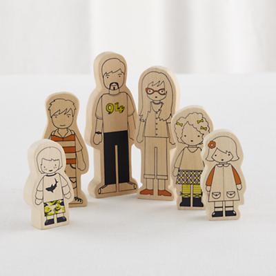Modern Dollhouse Family