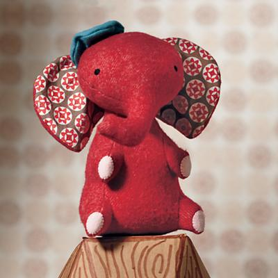 Elephant_Plush_Red_Ho2012