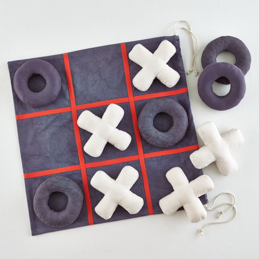Game plush tic tac toe v1
